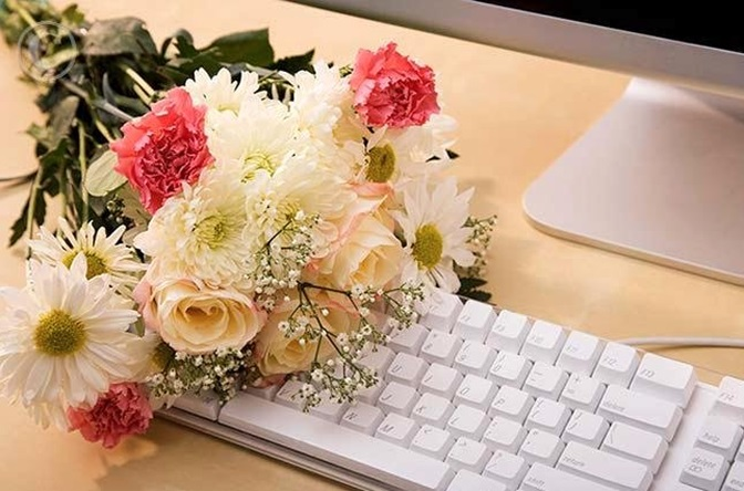 Top benefits of buying flowers online